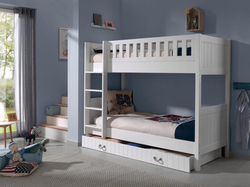 Детская кровать из массива Nikki