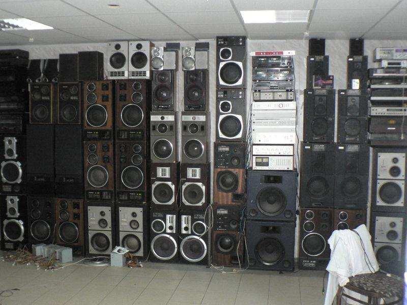 Куплю музыкальную ИМПОРТНУЮ аудио-стерео аппаратуру до 1989г выпуска.